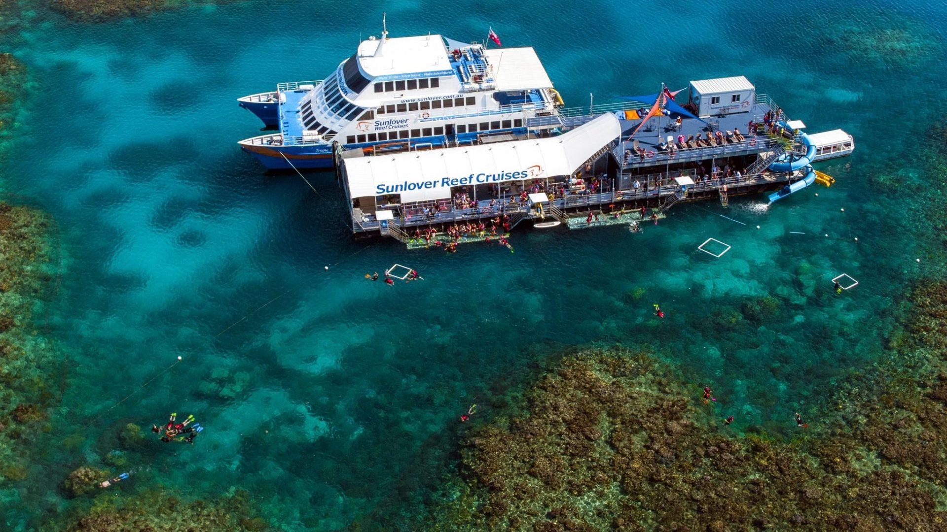 Moore Reef Cruises